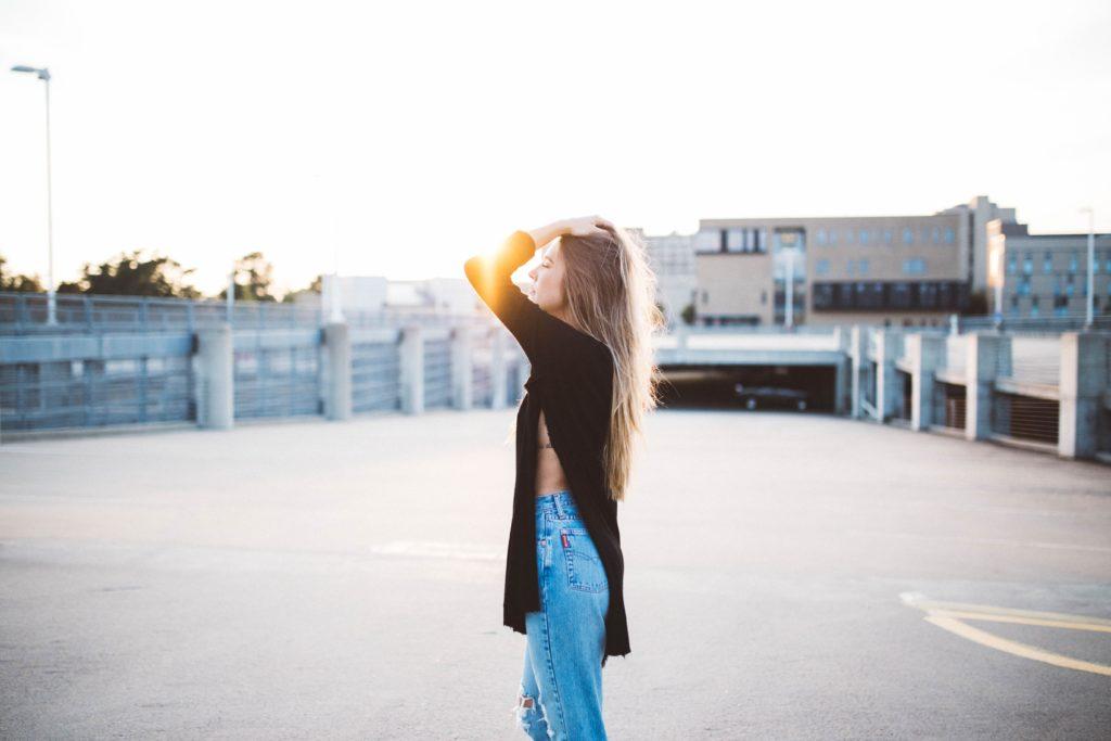 自分の人生を生きるのが難しいなら自分を捨てる覚悟を持とう