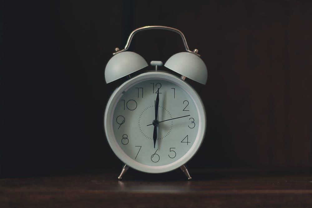 『早起きは三文の徳』とは?