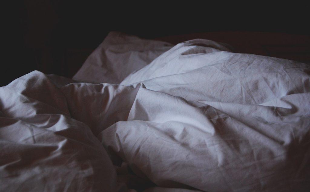 早起きを始めて頭痛・吐き気を見舞われた時に確認すること