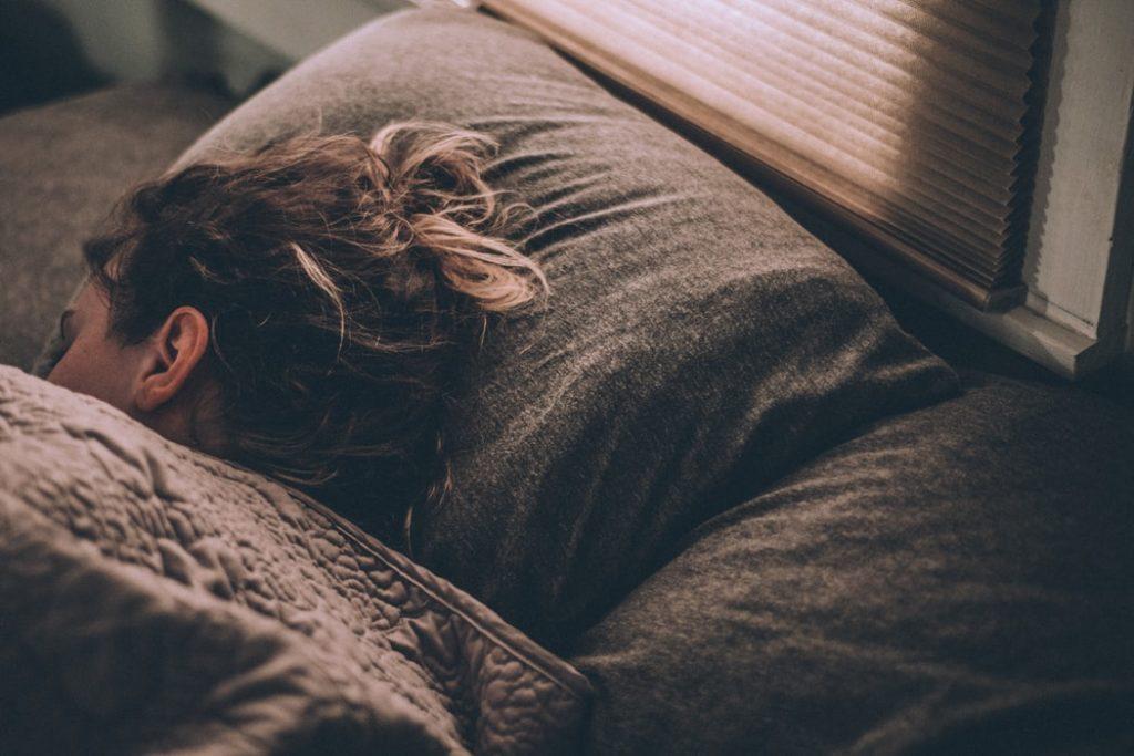 対策⑥:よく寝る(8時間)