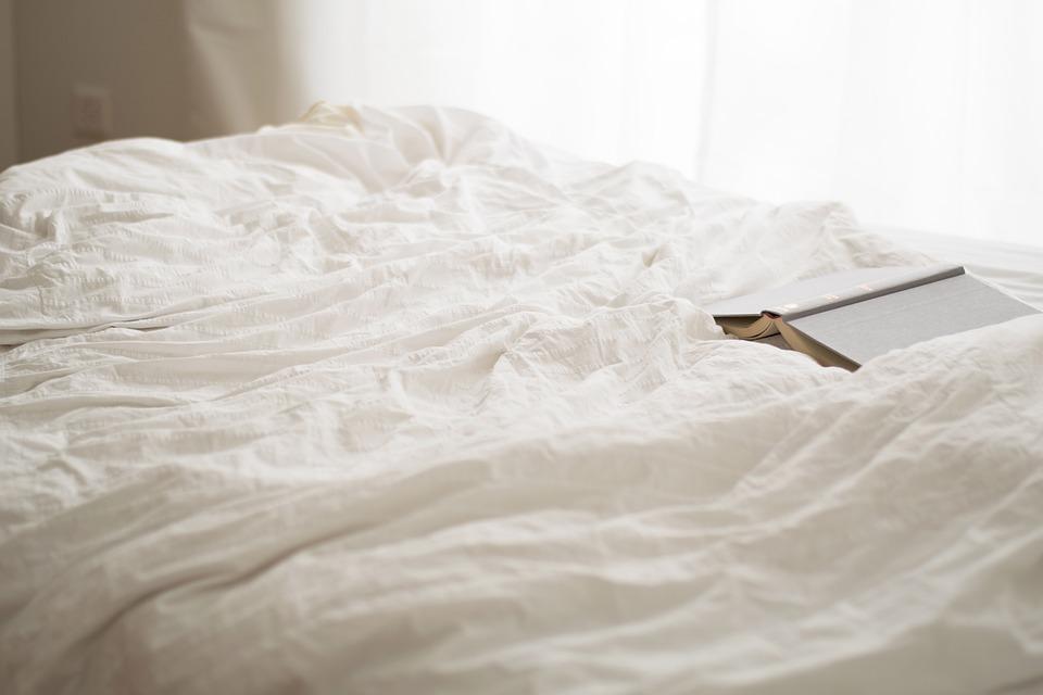 【読書レビュー】『睡眠こそ最強の解決策である』