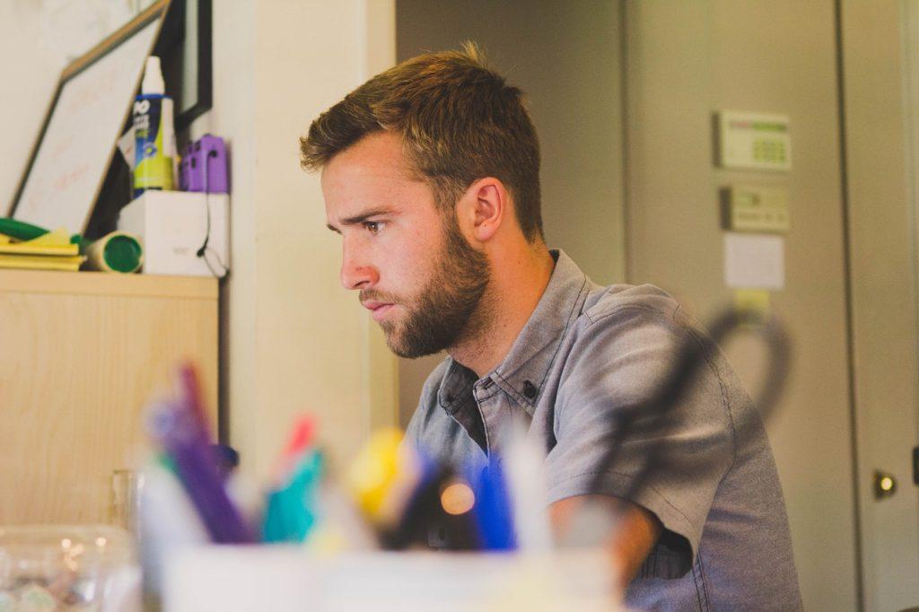 ブログを始める前に考えるべきサラリーマン副業に必要なこと