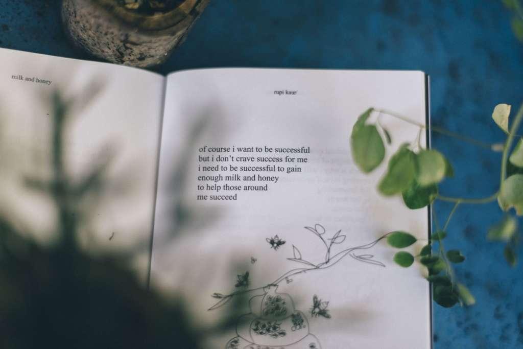 本を読まない人が「本を読む人」になるために変えるべきこと3選