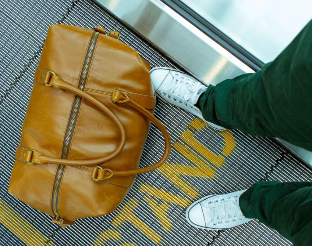 飛行機持ち混み用折り畳みバッグ
