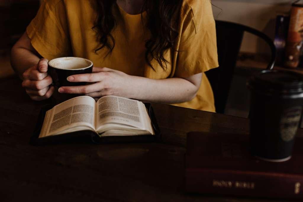 本を読んで眠くなった時の対処方法